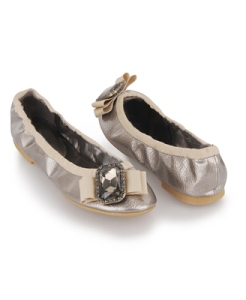 bc6a7f2b1453 Luxury Look-Alikes for Less  Fabulous Lanvin Flats!