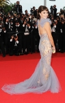 Penelope Cruz in a lilac Marchesa flared tulle dress with a Swarovski clutch & Chopard jewelry