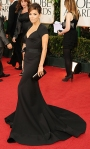 Eva Lonroai in a black Zac Posen cap sleeve dress with Neil Lane jewelry