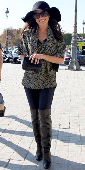 ba864374473 Lea Michele in a blouse with dark denim skinny jeans