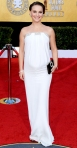 Natalie Portman in a while Azzaro gown with a Roger Vivier clutch