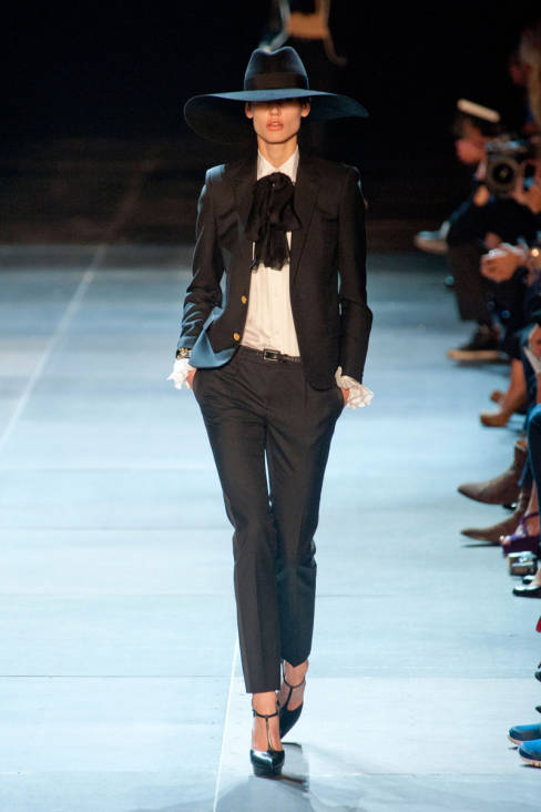 Yves Saint Laurent Spring 2013 Ready-To-Wear Collection 07