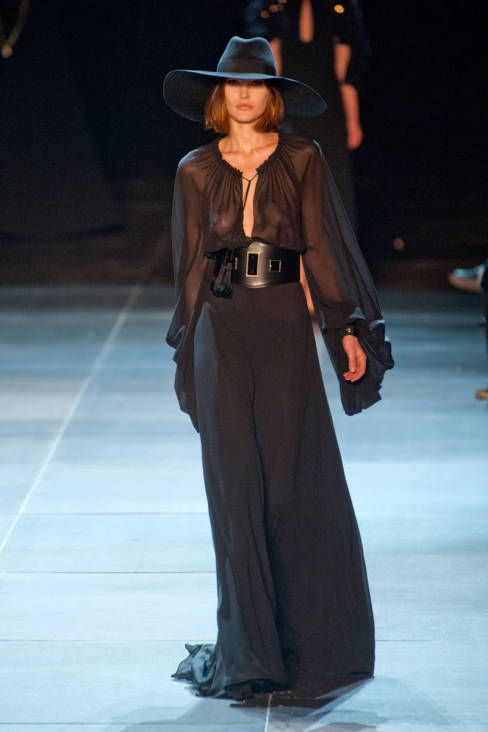 Yves Saint Laurent Spring 2013 Ready-To-Wear Collection 37