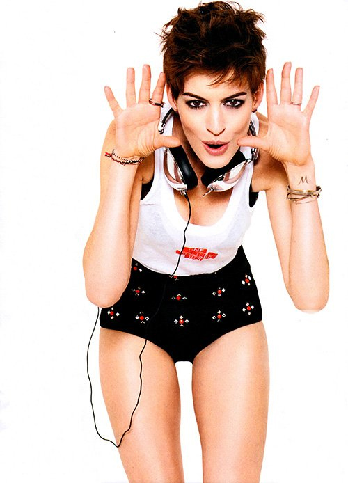 Anne Hathaway for Glamour January 2013 02