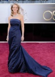 Helen Hunt in a navy strapless H&M gown