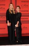 Elizabeth Olsen & Mary-Kate Olsen in The Row