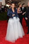 Alicia Keys in a Jean Paul Gaultier chiffon jacket & ballgown design at the 2015 Met Gala. 01.