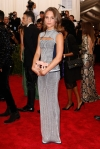 Alicia Vikander in a silver & navy column dress at the 2015 Met Gala. 01.