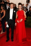 Colin Firth & Livia Firth at the 2015 Met Gala. 01.