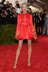 Karolina Kurkova in a red & gold embroidered Tommy Hilfiger design at the 2015 Met Gala. 01.