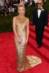 Kate Hudson in a gold column dress by Michael Kors at the 2015 Met Gala. 01.