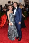 Seth Meyers & Alexi Ashe at the 2015 Met Gala. 01.